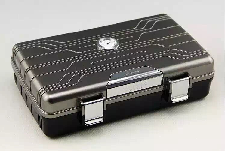 Portable Cigar Humidor