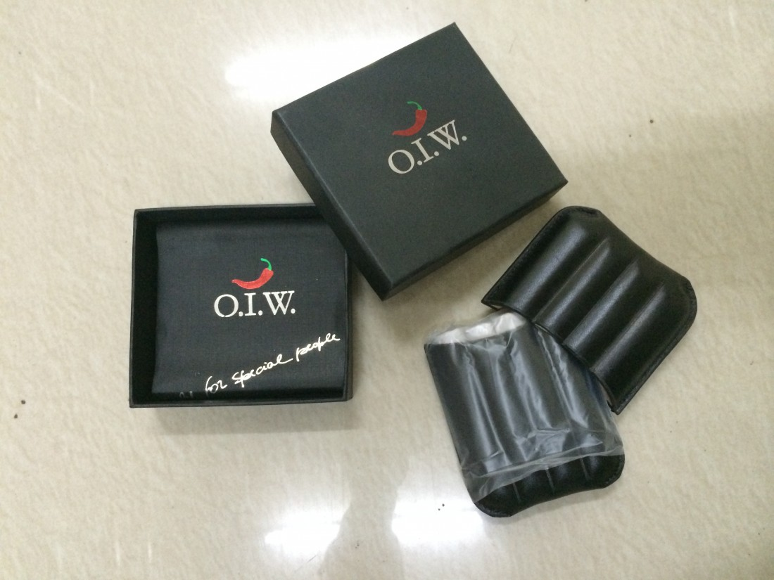 OIW Special Triple Leather Small Travel Pocket Cigar Holder Case