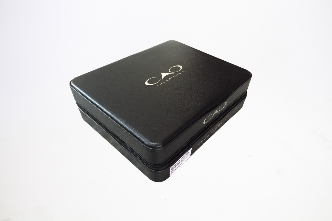 cao-campions-2-leather-travel-cigar-humidor-wooden-box-black