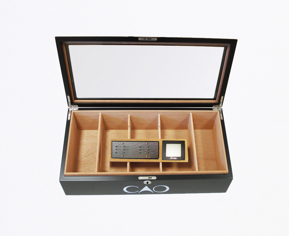 CAO Counter Humidor with Humidifier Pasatore Hygrometer